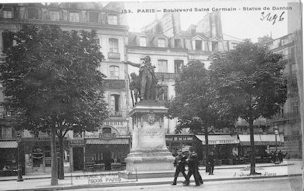 167  Boulevard St Germain. La statue de Danton