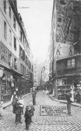 171 Rue Galande percée en 1302 sur le clos Mauvoisin