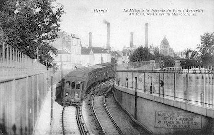 185 Le métro à la descente du pont d'Austerlitz