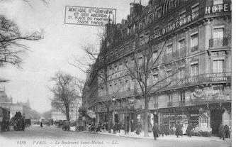 20b Boulevard St Michel à son arrivée sur la place du même nom