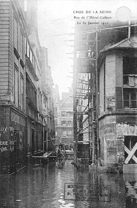 274 Crue de la Seine. Rue de l'Hôtel Colbert