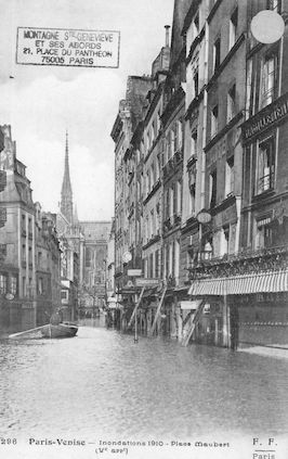 290 Paris-Venise. Inondations 1910. Place Maubert
