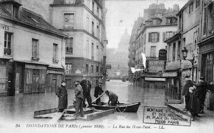 300B Inondations de Paris (janvier 1910). La rue du Haut-Pavé
