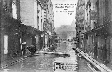 315B La crue de la Seine (janvier-février 1910. La place Maubert