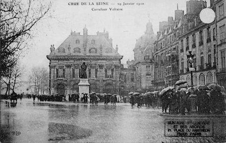 338 Crue de la Seine. 29 janvier 1910.Carrefour Voltaire