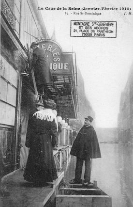 341 La crue de la Seine (janvier-février 1910) Rue Saint Dominique