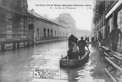 344 La crue de la Seine (janvier-février 1910) La rue de l'Université