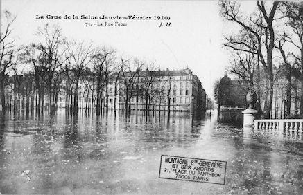 346 La crue de la Seine (Janvier-février 1910) La rue Faber