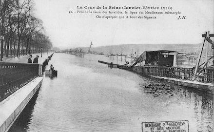 351A  La crue de la Seine (janvier-février 1910) Gare des Invalides