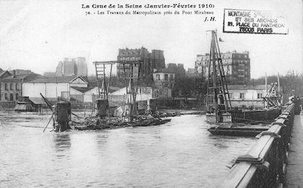 371 Crue de la Seine (jan-fév 1910) Travaux du Métropolitain près du pont Mirabeau