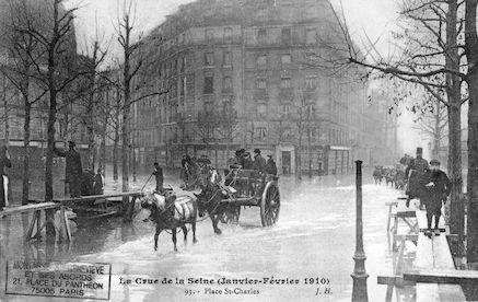 379 La crue de la Seine (janvier-février 1910) Place St. charles