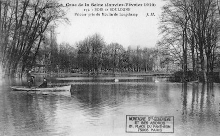 383 Crue de la Seine (jan-fév 1910) Bois de Boulogne. Pelouse du moulin de Longchamp