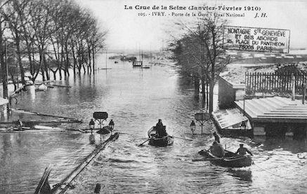 388 La crue de la Seine(janvier-février 1910) Ivry. Porte de la Gare, Quai National