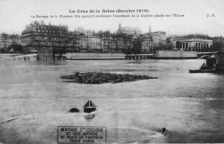 391B La crue de la Seine (janvier1910) Le barrage de la Monnaie