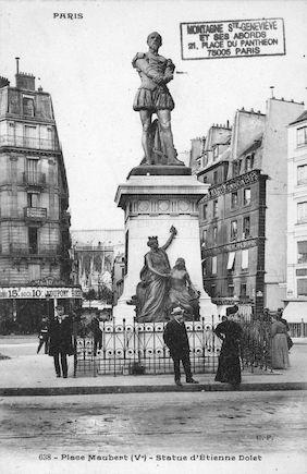 40 Place Maubert. Statue d'Etienne Dolet