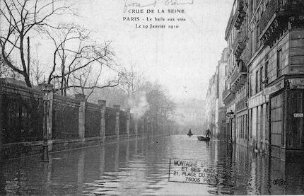 400 Crue de la Seine. La Halle aux vins le 29 janvier 1910