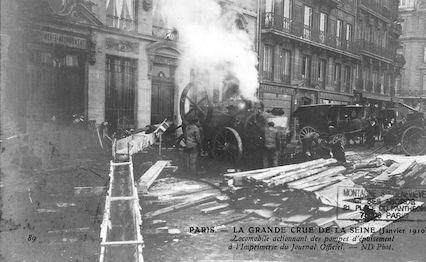 416 Crue de la Seine (jan-fév 1910)) Locomobile actionnant des pompes d'épuisement