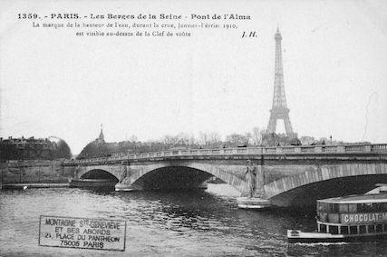417 Crue de la Seine (jan-fév 1910) Les berges de la Seine. Pont de l'Alma
