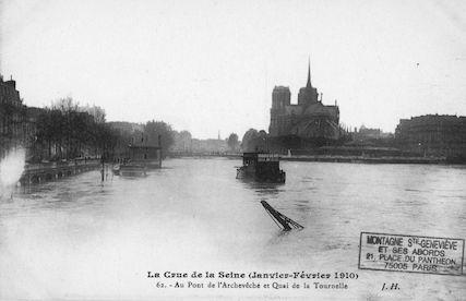 422 Crue de la Seine (jan-fév 1910) Pont de l'Archevêché-Quai de la Tournelle