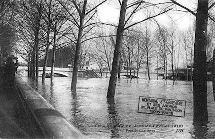 426 La crue de la Seine (janvier-février 1910) Pont de Charenton