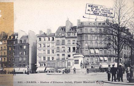 43 Place Maubert. Statue d'Etienne Dolet