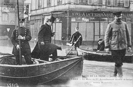 433 Crue de la Seine-janvier 1910 Le Maire du 5è, avenue de Montebello
