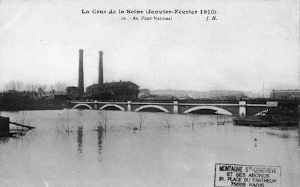 435 La crue de la Seine (janvier-février 1910) Au pont National