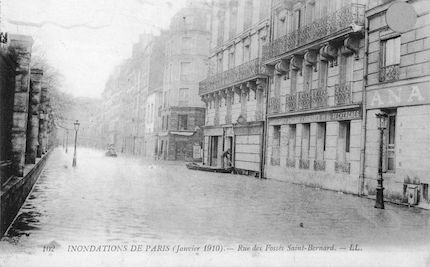 442 Inondations de Paris (janvier 1910) Rue des Fossés Saint-Bernard