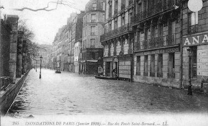 443A Inondations de Paris. Janvier 191. Rue des Fossés Saint Bernard