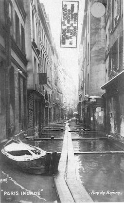 445 Paris inondé. Rue de Bièvre