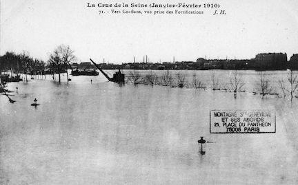 468 La crue de la Seine (janvier-février 1910) Vers Conflans, depuis les fortifications