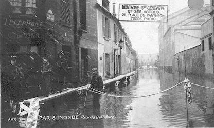 471 Paris inondé. Rue de Bellièvre