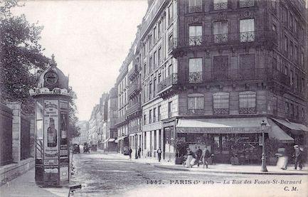 492 La rue des Fossés Saint Bernard