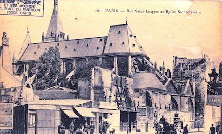 493 Rue Saint Jacques et église Saint Severin