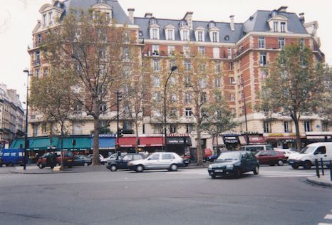 549 Place Maubert