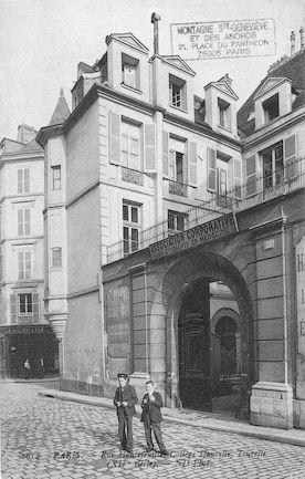 567 Rue Hautefeuille. Collège Danville,Tourelle (XIVè siècle)