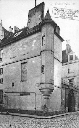 568 Ancien collège de Danville XIVè Siècle. Association Corporative des Etudiants