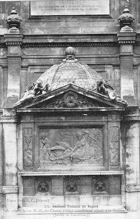 577 Ancienne Fontaine actuellement adossée à la Fontaine Médicis ( J. Luxembourg)