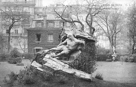 580 Jardin du Luxembourg. L'effort de Rodin. Fontaine de Pierre Roche