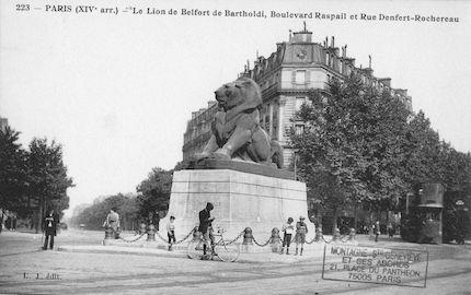 659 Le Lion de Belfort de Bartholdi, boulevard Raspail et rue Denfert Rochereau