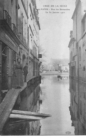 676 Crue de la Seine. Rue des Bernardins le 30 janvier 1910