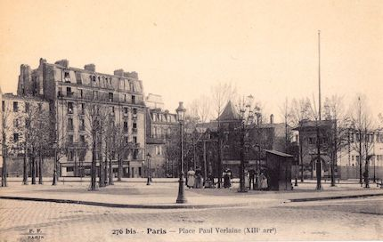 707 Place Paul Verlaine