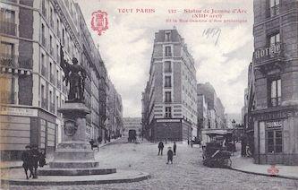 822A. Statue de Jeanne d'Arc