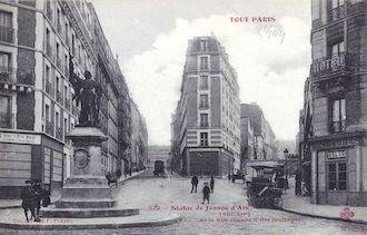 822B. Statue de Jeanne d'Arc