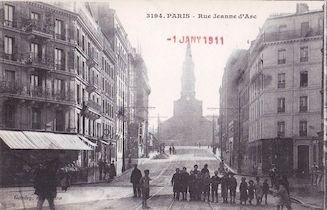 825.  Rue Jeanne d'Arc