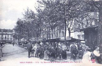 828.  Le marché de la place Jeanne d'Arc