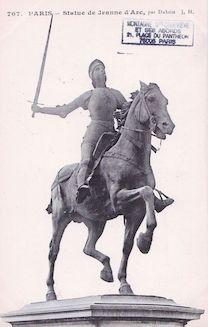 845. Statue de Jeanne d'Arc par Dubois