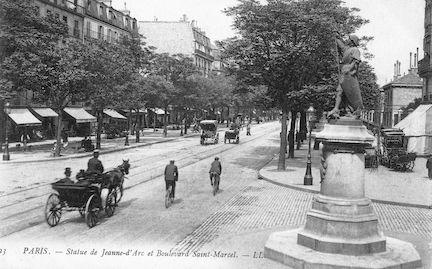 876 Statue de Jeanne-d'Arc et Boulevard Saint Marcel