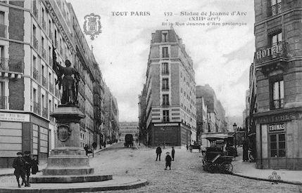 877 Statue de Jeanne d'Arc