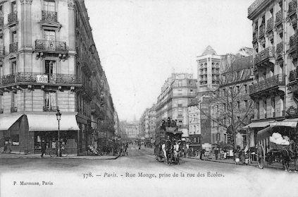 878 Rue Monge prise de la rue des Ecoles